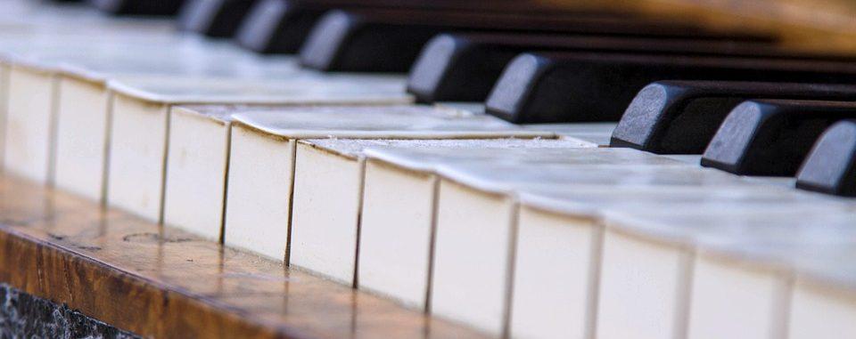 waarde tweedehands piano