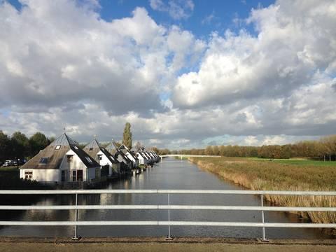 huizen aan de rand van Almere