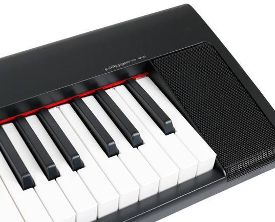 Yamaha NP 32 piaggero